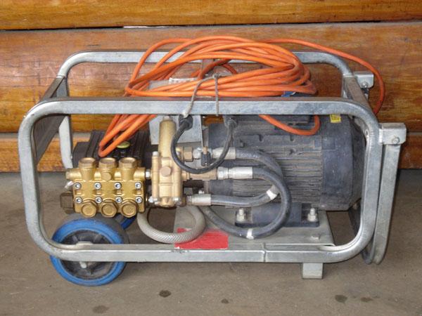 Pressure-Cleaner-1500psi-Electric