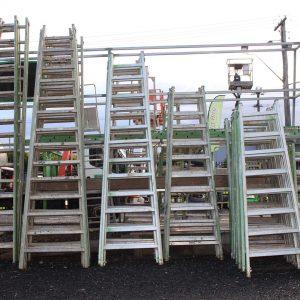 Ladders & Trestles